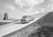 Испытательный тест на подъем в гору на полигоне Opel