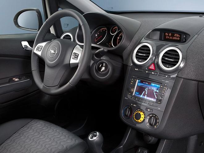 Opel Corsa D рестайлинг ll (2011–2014) интерьер