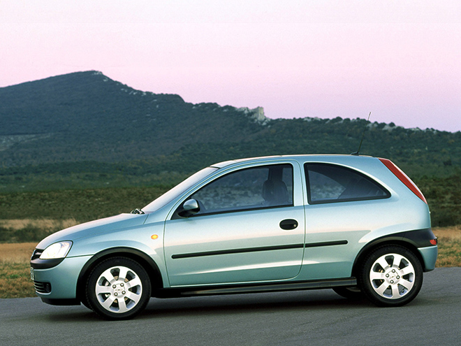 Opel Corsa C (2000–2003) экстерьер