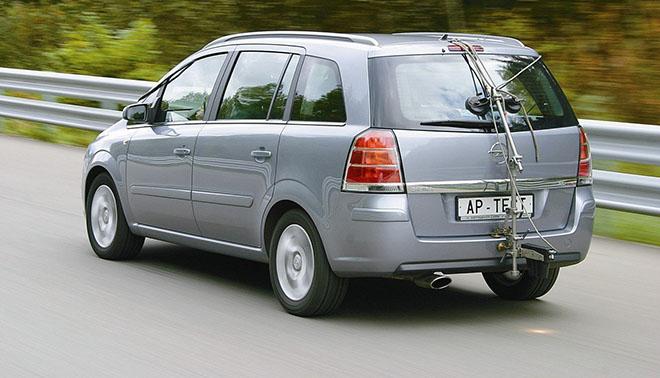 Opel Zafira B экстерьер