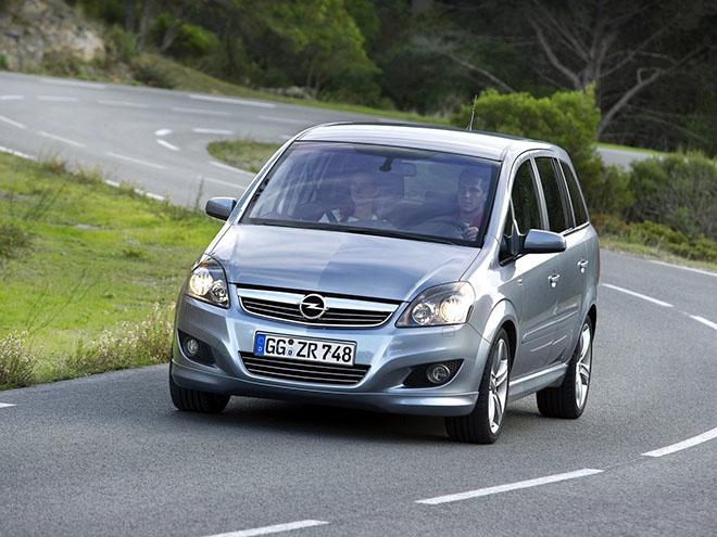 Opel Zafira B рестайлинг (2008–2014)