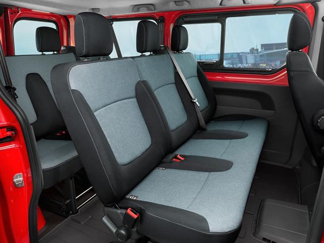 Салон Opel Vivaro B (2014–2018)