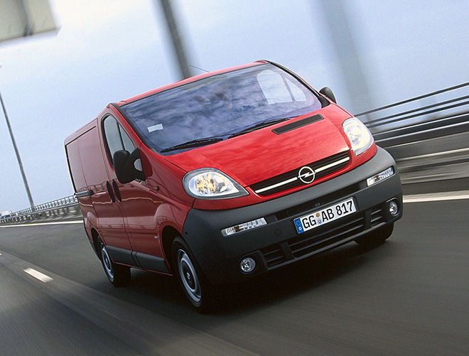 Экстерьер Opel Vivaro A (2001–2006)