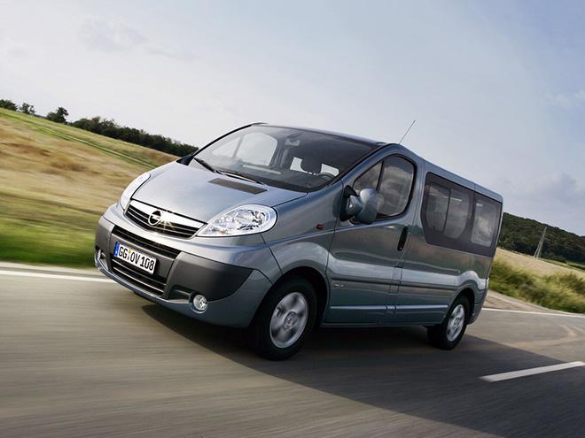 Интерьер Opel Vivaro A рестайлинг (2006–2014)